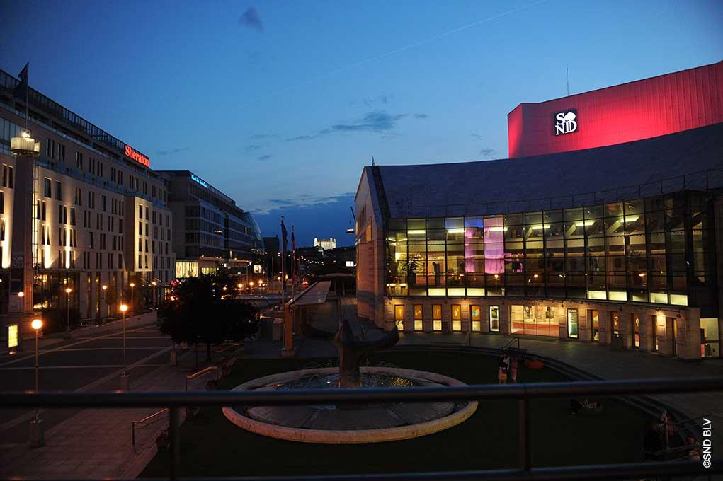 SK-Bratislava-Neues-Opernhaus-bei-Nacht-cr-SND-BLV