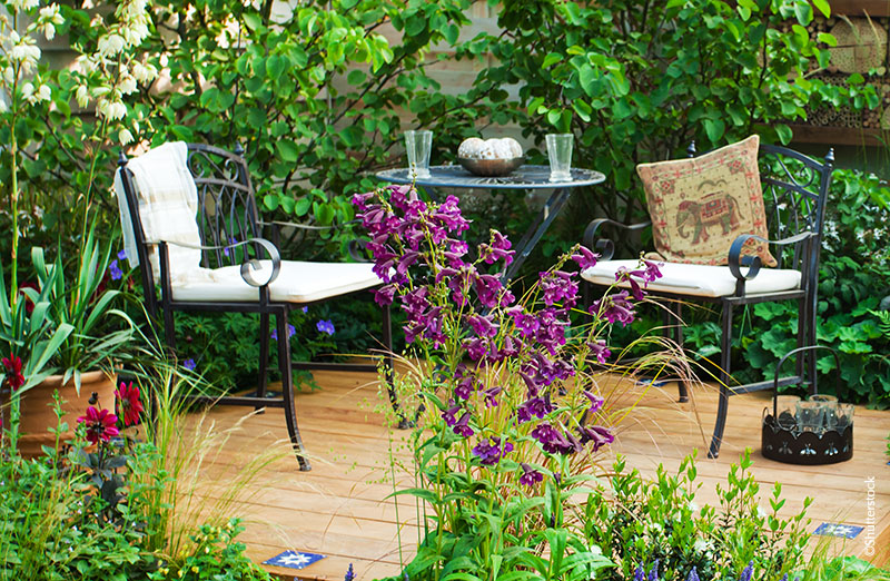 so wird ihr balkon zur wohlf hloase golden age. Black Bedroom Furniture Sets. Home Design Ideas