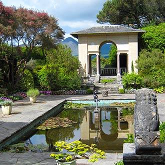 Irischer Garten mit Teich