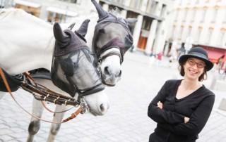 Fiakerin Susita Fink und ihre Pferde