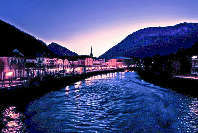 Bad Ischl, Abendstimmung am Fluss