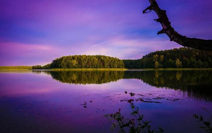 Die Masuren Seenplatte in Polen im stimmungsvollen Abendlicht