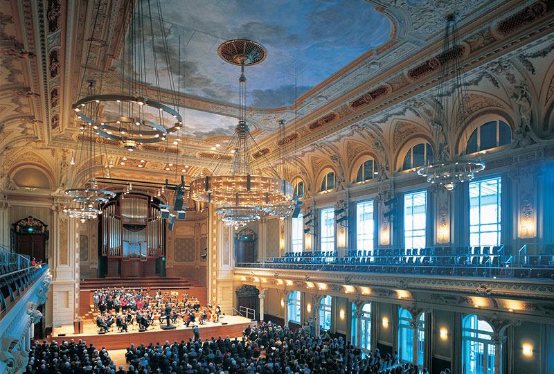 Historische Stadthalle Wuppertal, Großer Saal während einem Konzert
