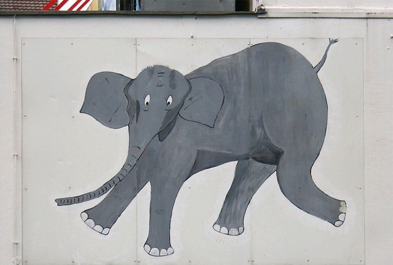 Tuffi, der Elefant, der aus der Wuppertaler Schwebebahn fiel, Wandzeichnung